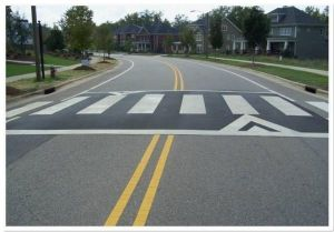 Alternatif Hitam/Putih => Garis pada sisi jalan
